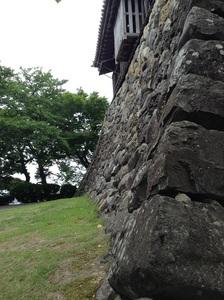 丸岡城石垣.jpg